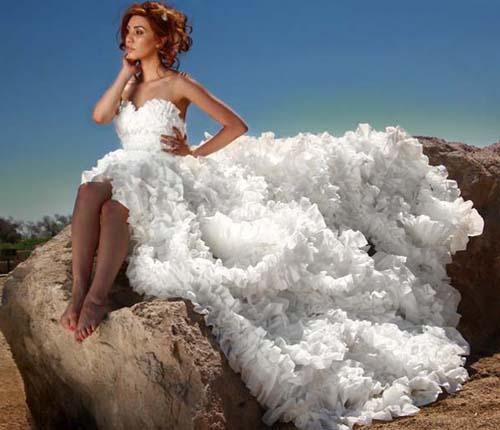 Платья из туалетный бумаги